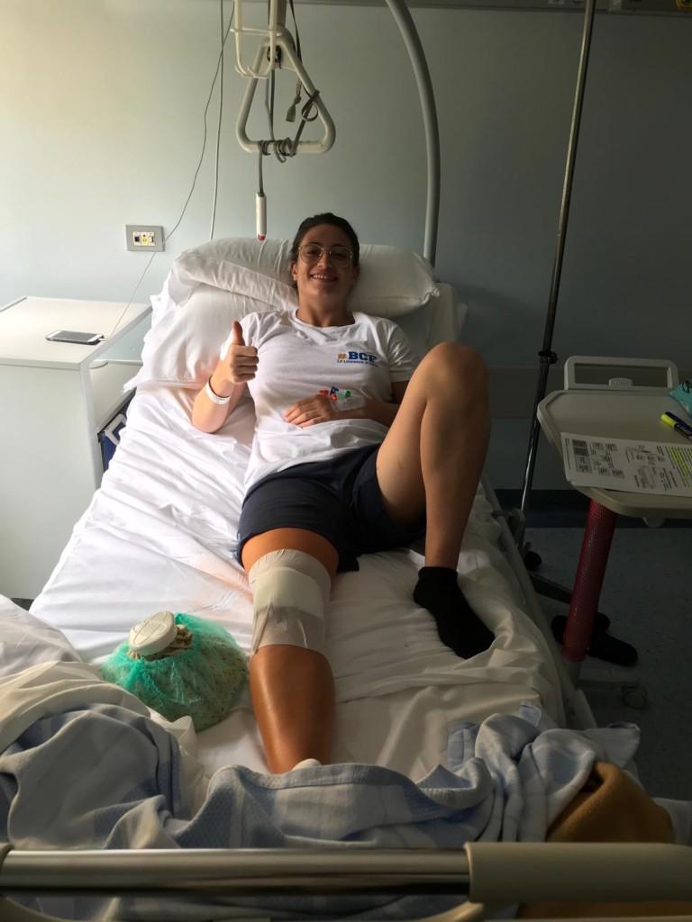 Intervento al ginocchio riuscito per Chiara Pedemonti
